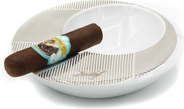 Davidoff керамическая круглая пепельница